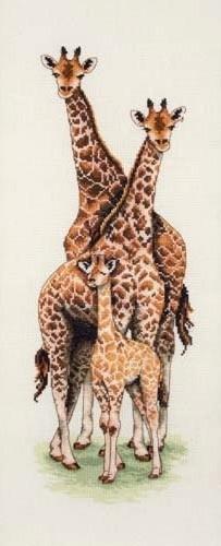 Набор для вышивания крестом ANCHOR «Семья жирафов»