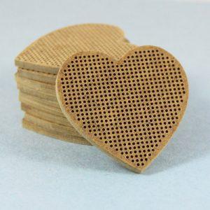 Основы для вышивки Дивная вишня «Сердце»