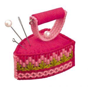 Набор для вышивания Риолис «Игольница Утюжок»