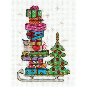 Набор для вышивания KLART «Сани с подарками»
