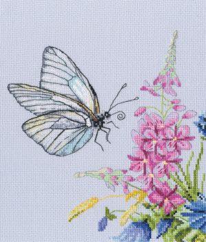 Набор для вышивки крестом RTO «Бабочка капустница»
