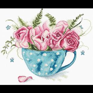 Набор для вышивки крестом Letistitch «A cup of roses» Чашка роз