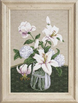 Набор для вышивки крестиком Чарiвна Мить «Таинство белых цветов» iМ-280