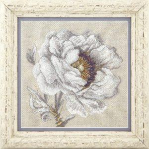 Набор для вышивки крестиком Чарiвна Мить «Белый пион» iМ-302