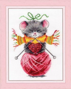 Набор для вышивания Золотое Руно «Мышка-рукодельница» ВК-056