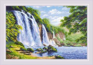 Набор для вышивания крестом Риолис «Шум водопада»1908
