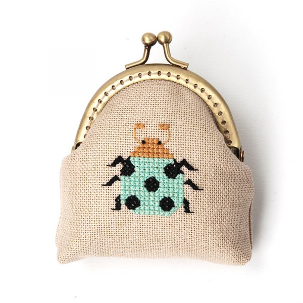 Набор для вышивки кошелька Xiu crafts «Зелёная божья коровка» 2860401